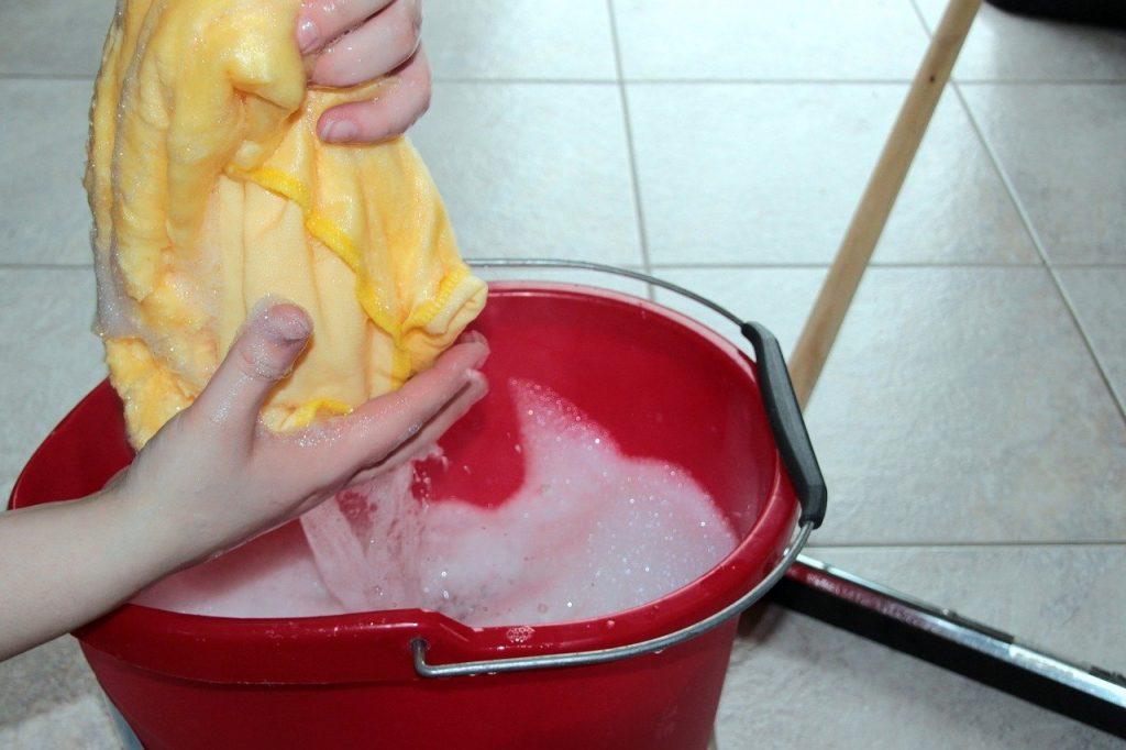 Putzeimer für Sauberkeit im Haus